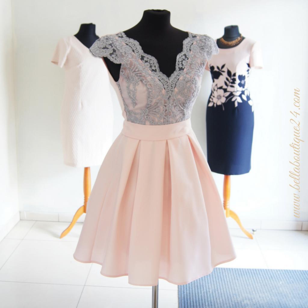 sukienki w małych rozmiarach