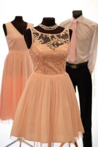mlodziezowa sukienka